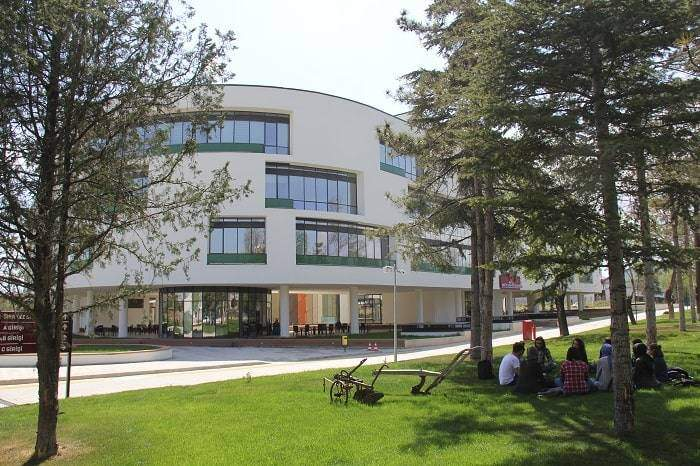 Konya Gıda ve Tarım Üniversitesi %100 Doluluk Oranı ile Türkiye'nin Doluluk Oranı en Yüksek İlk 5 Vakıf Üniversitesi Arasında Yer Aldı